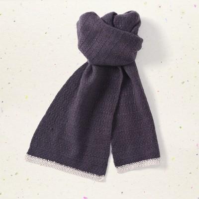 Textured scarf, <span>100% cashmere</span>